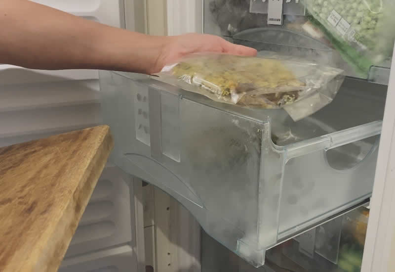Place portions in the freezer to defrost overnight ready for each day
