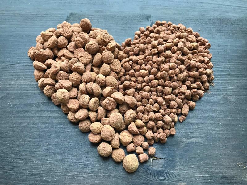 Greta food in a heart